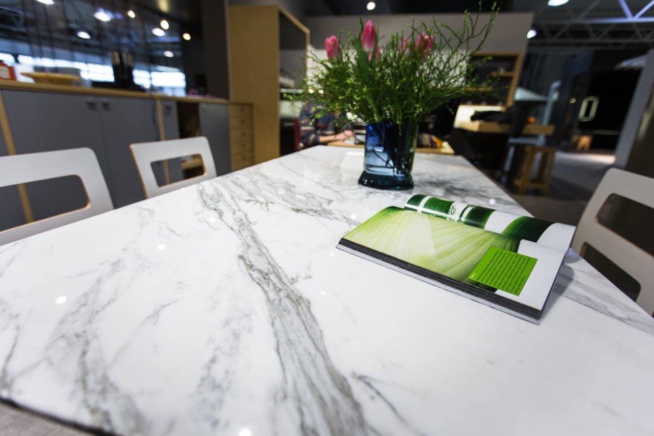 marmora virtuves virsma